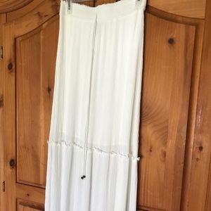 Forever 21 Off-White Skirt, Size Medium